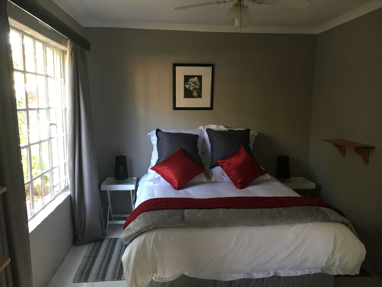 Main bedroom with queen size bed and really comfy bedding!