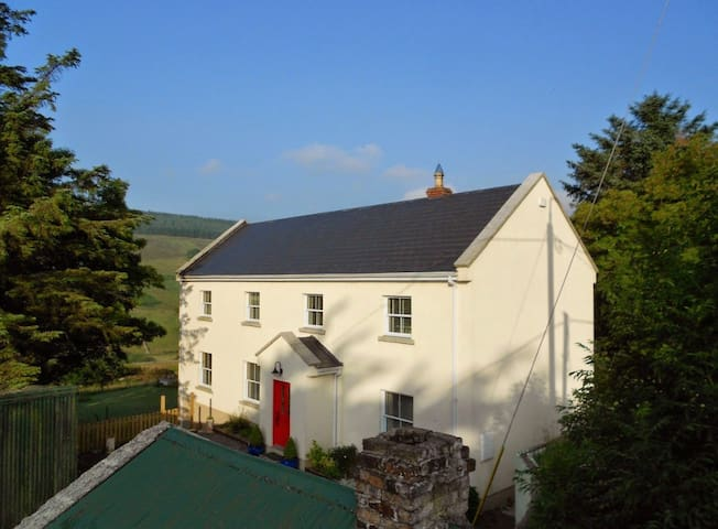 Luxury Home Dublin Mountains with Stunning Views