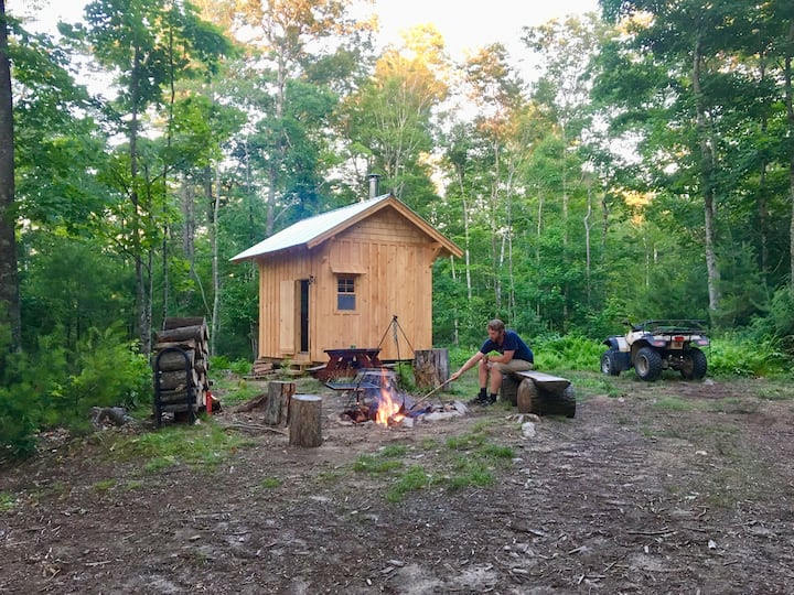 "Off Grid ""Windfall"" Cabin Retreat"