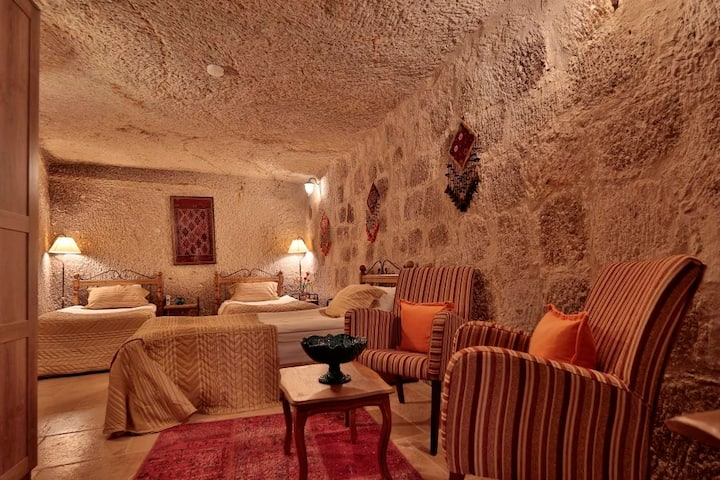 Triple Cave Room, Swimming Pool&Breakfast Included