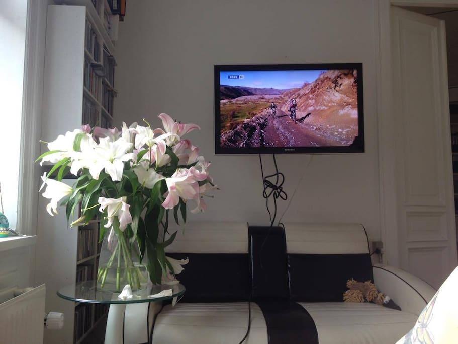 Livingroom with AppleTV
