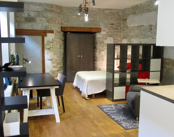 Modern meets rustic apartment, Old Town centre