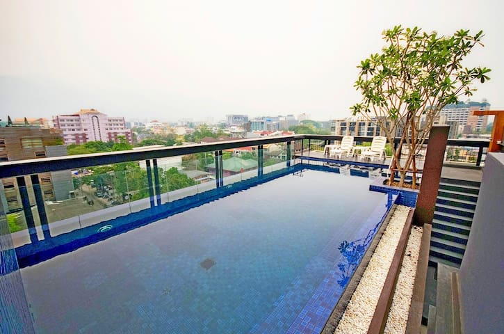 Great Location/Nice Pool/Fresh Roasted Coffee - Su Thep