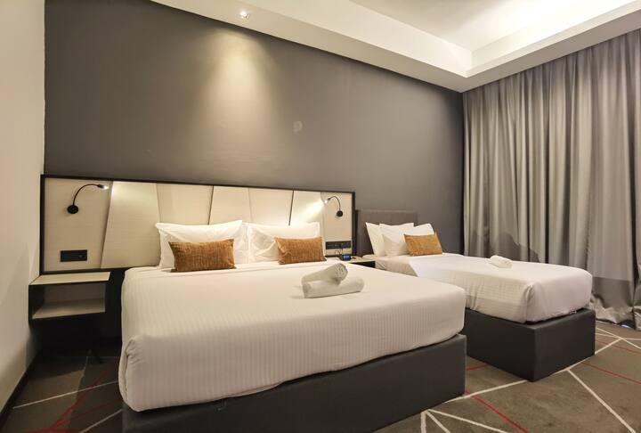 Premier Hotel Suite w Balcony 10min to Pavilion KL