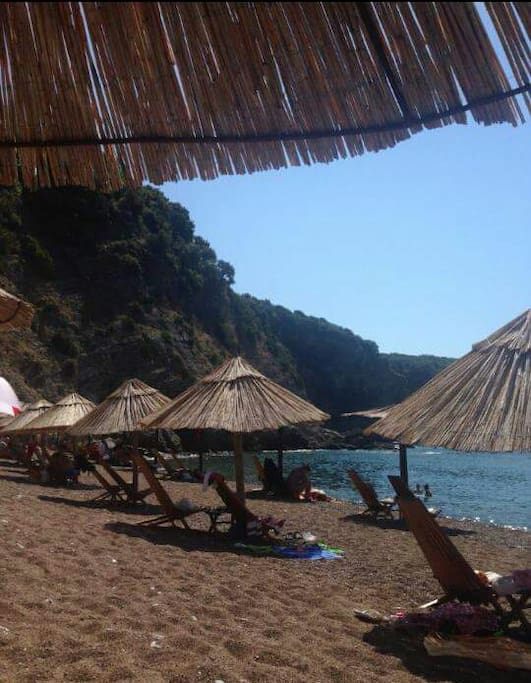 10minutes boat ride to one of the most beautiful beaches on Adriatic coastline, the Queens Beach.