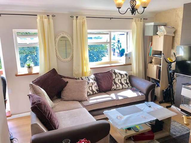 Modern Double Room+terrace, Essex, Brentwood, TOWE
