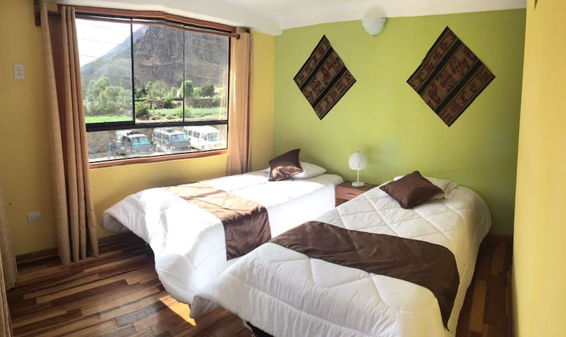 Villa San Román-Double room - Ollantaytambo - Bed & Breakfast