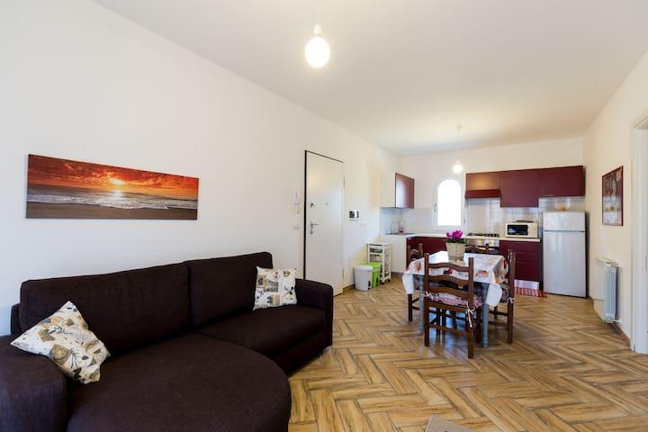 Nuovissimo e moderno bilocale Olbia - Olbia - Apartment