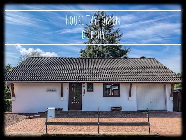 8p. House Tayhomen