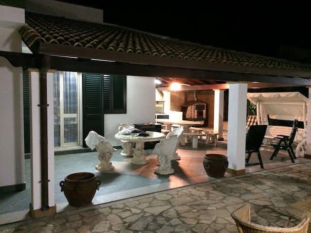 Villa Hope     *.* - Piana Calzata