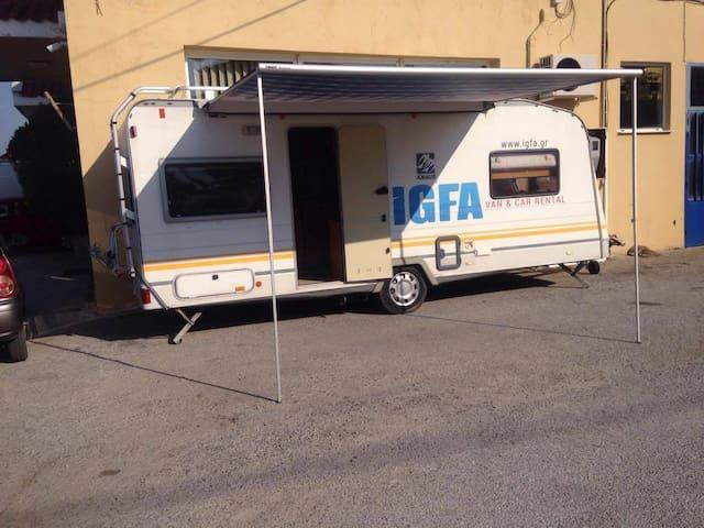 Lesvos Caravan - Mitilini - รถบ้าน/รถ RV