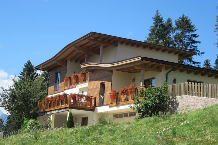 Larchwald Hafling - Wohnung Alpenrose