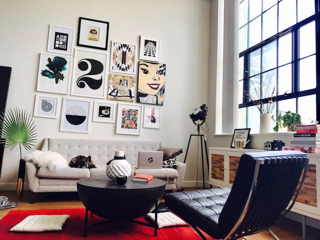 Chic designer loft in the heart of Kendall Square