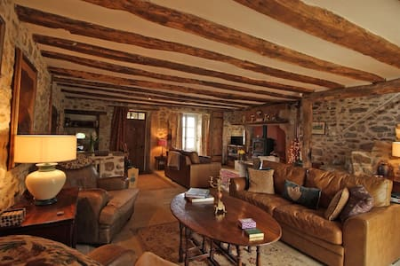 Le Petit Coin, Blue Room - Blond - Bed & Breakfast