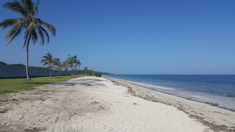 Sultan Palace Beach Retreat, Apt AB1-201