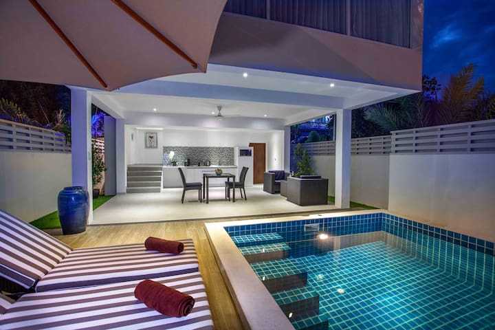 Luxury 1 bedroom 150 sq meter private pool villa