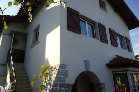 Apartamento en villa-caserio - Irún