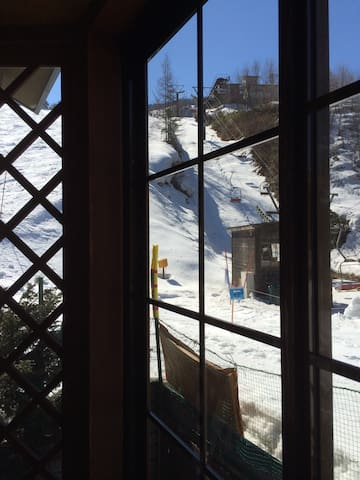 True ski-in ski-out lodge in HAKUBA - Kitaazumi  - Bed & Breakfast