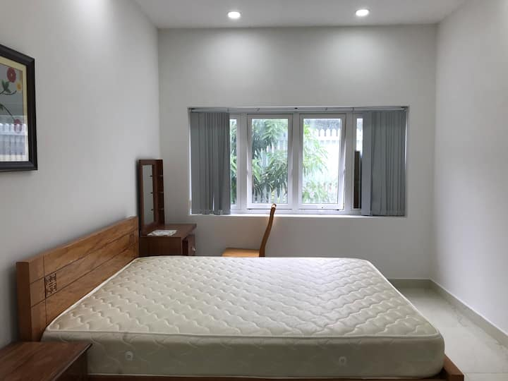 Room for rent - Villa 5 - Q7 HCM