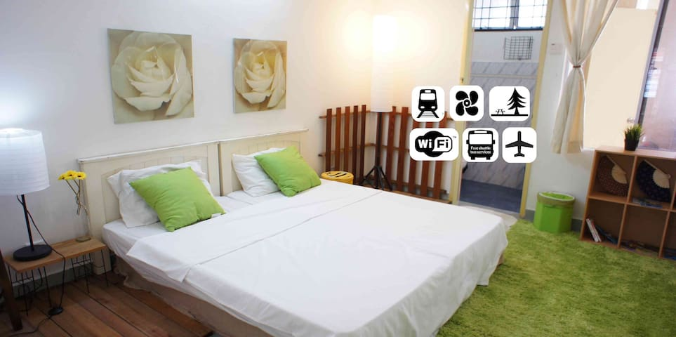 KLIA2 DIRECT BUS+METRO+UNLIMITED WiFi+BaThRooM - Petaling Jaya - House