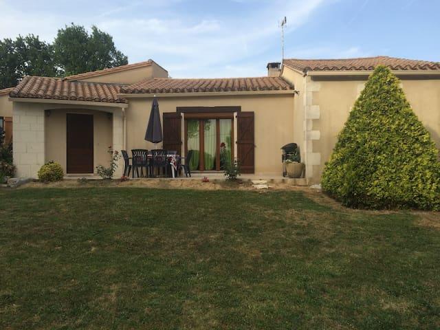Maison d'hôtes Les Boulbènes*** - Monteils - Casa
