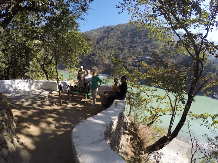 Spashram RiverMountain Retreat-TigerPaw Camp