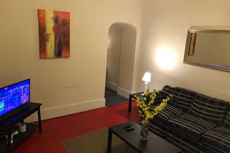 Cambridge/Byesville 1 bedroom Furn apt.