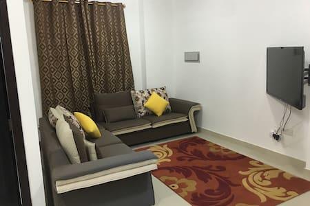 Very nice Sharing 1 room Apartment. - Seeb