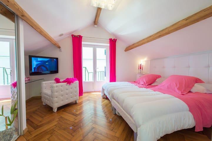 LA CHAMBRE ROSE - Saint-Pavace