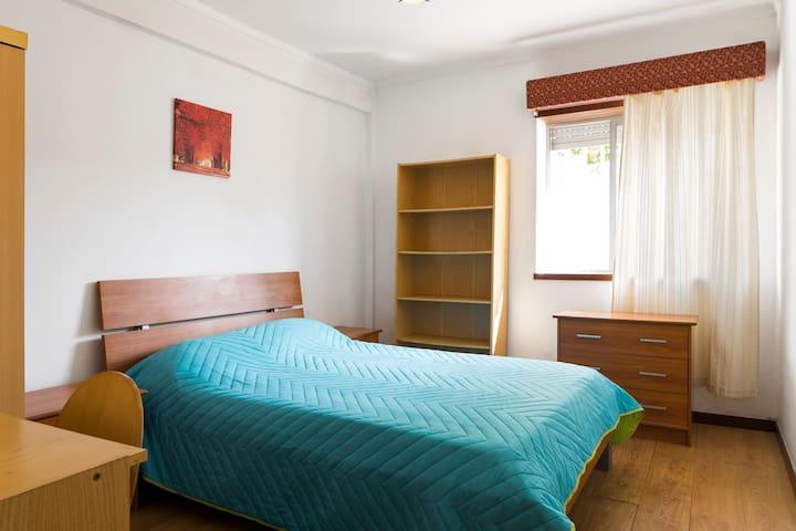 Apartamento T2, zona sossegada, centro de Coimbra - Coimbra - Apartamento