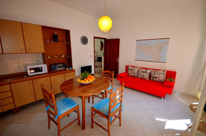 """Naxos Sea"" holiday Flat in Taormina Etna district"