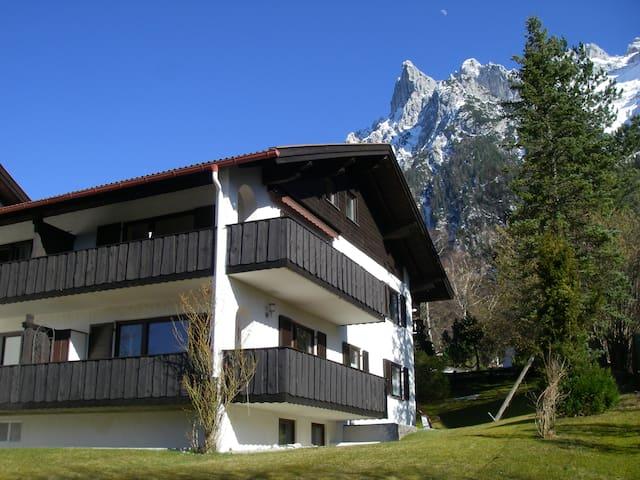 Maisonette-Wohnung im Landhausstil - Mittenwald - Appartement