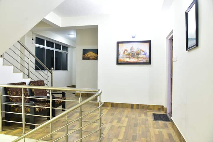 Small 14 rooms hotel with quality guest service