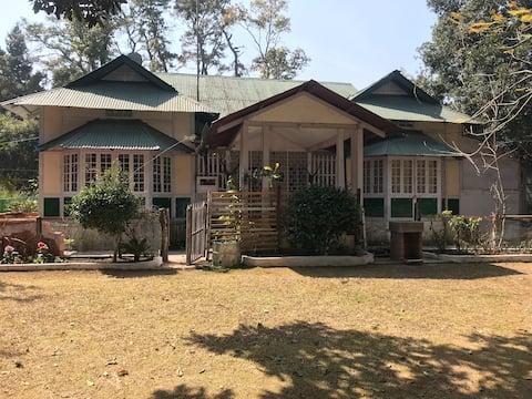 Mimosa Ridge- Tranquil Heritage House