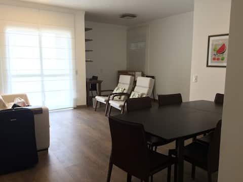 Cobertura mobiliada/Top floor apart