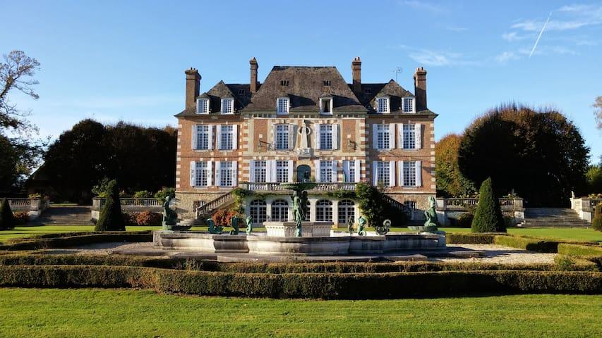 Chateau du Mont - Saint-Maclou - Castle