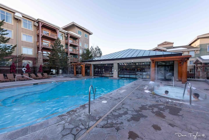 Best summer resort. Park City, UT. 3 pools & spa-4