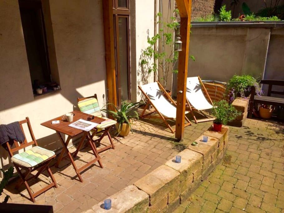 Own terrace, very nice for smokers and sun admirers.