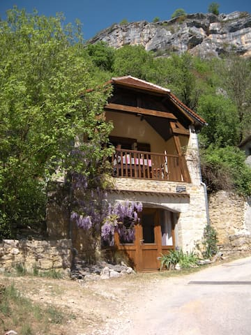 MAISON CLIMATISEE A ROCAMADOUR