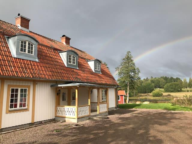 Lantligt, Lyxigt Och Mysigt Hus Intill Sjö& Skog Hus Til Leie I Horn,Östergötland County