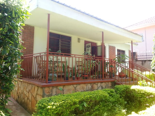 Furnished House in Mbuya Solent Avenue