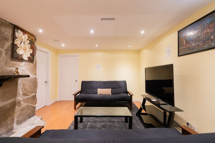 New Clean Basement Apartment near Toronto Airport