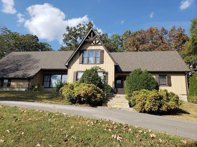 Countryview Villa