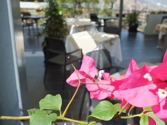 Taormina Palace Hotel - Tripla Vista Mare Parziale