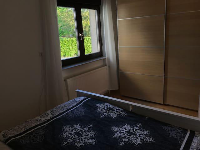 Blick aus Schlafzimmer 1