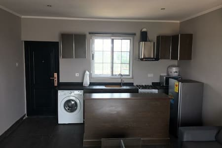 Fully furnished ultra mordern apartment,1 bedroom - Accra - Huoneisto