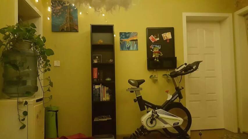 客厅重新调整了布局这是现在的样子