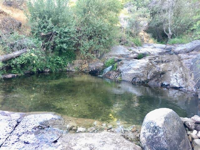 El río del pueblo