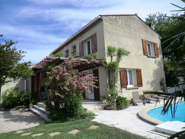 Lou Brès en Provence  près  d'Avignon