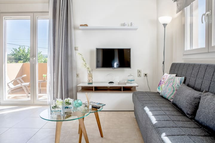 Newly Renovated Summer Flat for Relaxing Vacations
